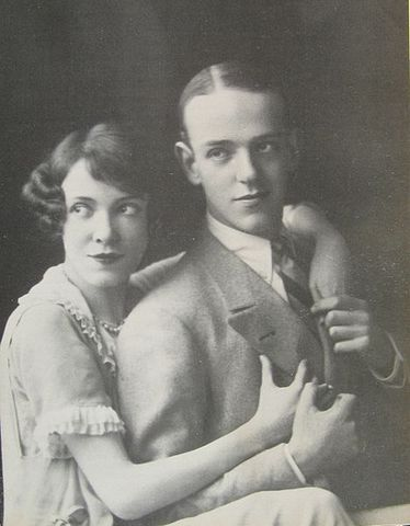 468px-Fred_and_Adele_Astaire_in_1919.jpg